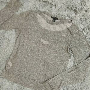 DISTRESSED HEATHER GREY LONG SLEEVED TOP!